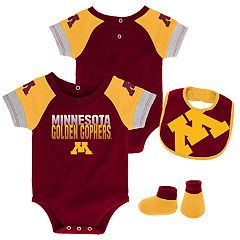 Baby Minnesota Golden Gophers 50 Yard Dash Bodysuit, Bib & Booties Set