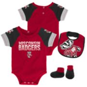 Baby Wisconsin Badgers 50 Yard Dash Bodysuit, Bib & Booties Set