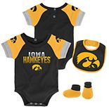 Baby Iowa Hawkeyes 50 Yard Dash Bodysuit, Bib & Booties Set