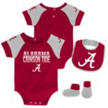 Baby Alabama Crimson Tide 50 Yard Dash Bodysuit, Bib & Booties Set