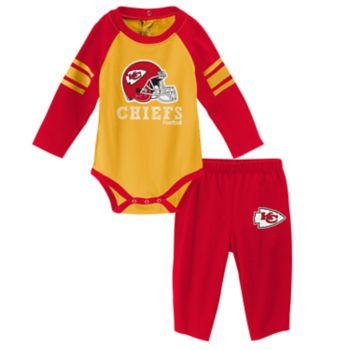 Baby Kansas City Chiefs Future Starter Bodysuit & Pants Set