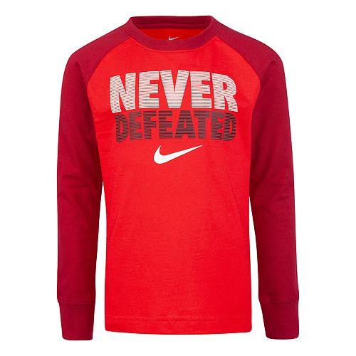 "Boys 4-7 Nike ""Never Defeated"" Raglan Active Top"