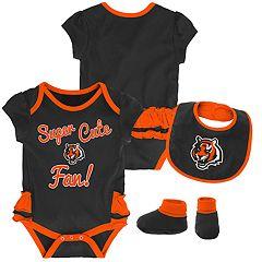Baby Girl Cincinnati Bengals Mini Trifecta Bodysuit, Bib & Booties Set