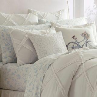Laura Ashley Lifestyles Adelina Comforter Set