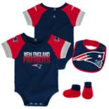 Baby New England Patriots 50 Yard Dash Bodysuit, Bib & Booties Set
