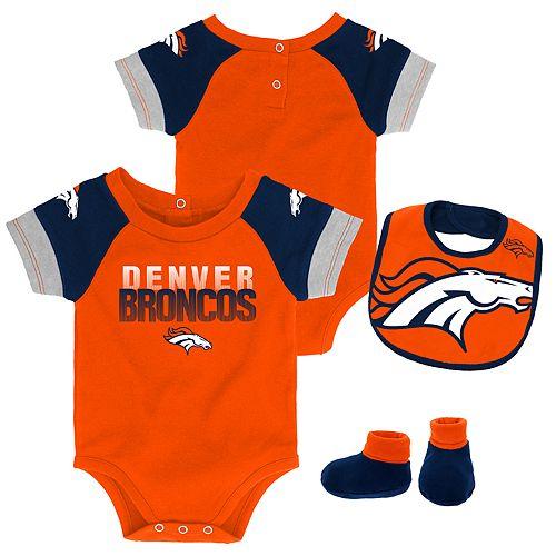 Baby Denver Broncos 50 Yard Dash Bodysuit, Bib & Booties Set
