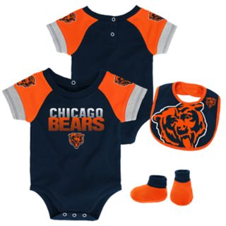 Baby Chicago Bears 50 Yard Dash Bodysuit, Bib & Booties Set