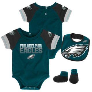 Baby Philadelphia Eagles 50 Yard Dash Bodysuit, Bib & Booties Set