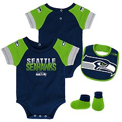 Baby Seattle Seahawks 50 Yard Dash Bodysuit, Bib & Booties Set