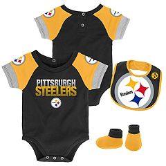 Baby Pittsburgh Steelers 50 Yard Dash Bodysuit, Bib & Booties Set