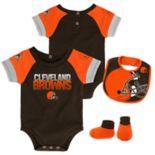 Baby Cleveland Browns 50 Yard Dash Bodysuit, Bib & Booties Set