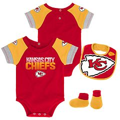 Baby Kansas City Chiefs 50 Yard Dash Bodysuit, Bib & Booties Set