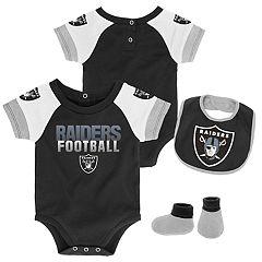 Baby Oakland Raiders 50 Yard Dash Bodysuit, Bib & Booties Set