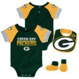 Baby Green Bay Packers 50 Yard Dash Bodysuit, Bib & Booties Set