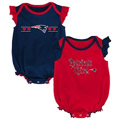 Baby Girl New England Patriots Homecoming Bodysuit Set