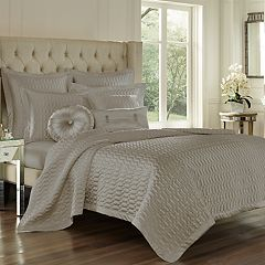 37 West Saranda Coverlet & Quilted Sham