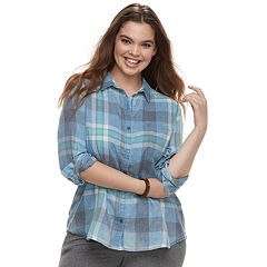 Juniors' Plus Size SO® Plaid Button Down Shirt