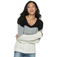 Juniors' SO® Cable-Knit Sweater