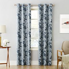 Sun Zero Blackout 1-Panel Piper Foliage Print Curtain