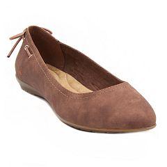 Gloria Vanderbilt Nita Women's Flats