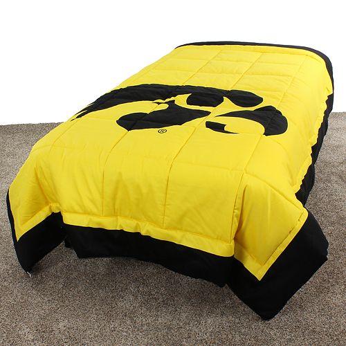 Iowa Hawkeyes Queen-Size Light Comforter