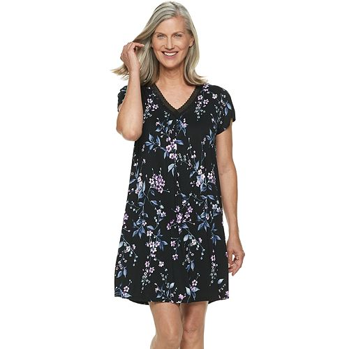 569f26a1710 Women s Croft   Barrow® Printed V-Neck Nightgown