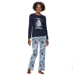 Women's Jammies For Your Families Holiday Camouflage 'Wander in a Winter Wonderland' Top & Microfleece Bottoms Pajama Set