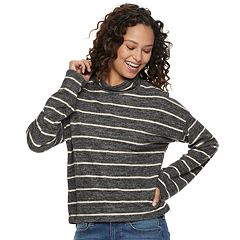 Juniors' SO® Long Sleeve Mockneck Top