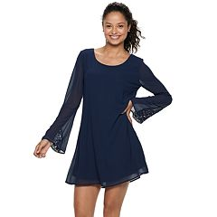 Juniors' Speechless Crochet Sleeve Shift Dress