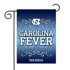 North Carolina Tar Heels Garden Flag with Pole