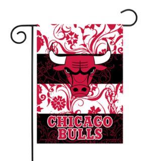 Chicago Bulls Garden Flag with Pole