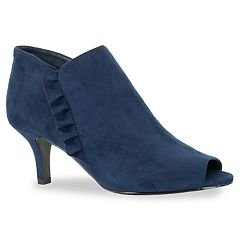 Easy Street Georgia Women's Ankle Boots