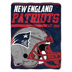 New EnglandPatriots 40-Yard Dash Throw Blanket