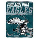 Philadelphia Eagles 40-Yard Dash Throw Blanket