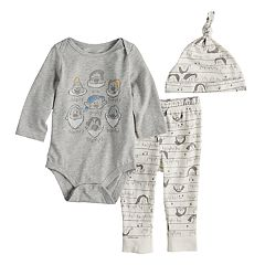 Disney's Snow White & The Seven Dwarfs Baby Graphic Bodysuit, Pants & Hat Set by Jumping Beans®