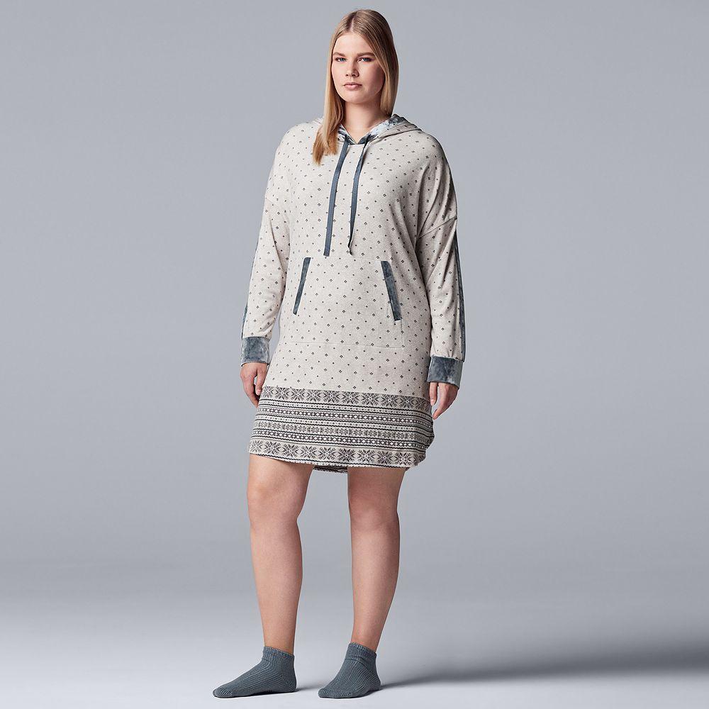 Plus Size Simply Vera Vera Wang Sleep Top & Sock Set