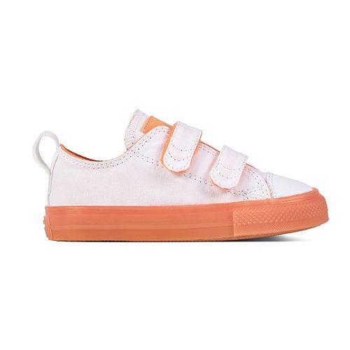 e97063d9a51e Toddler s Converse Chuck Taylor All Stars 2V Sneakers