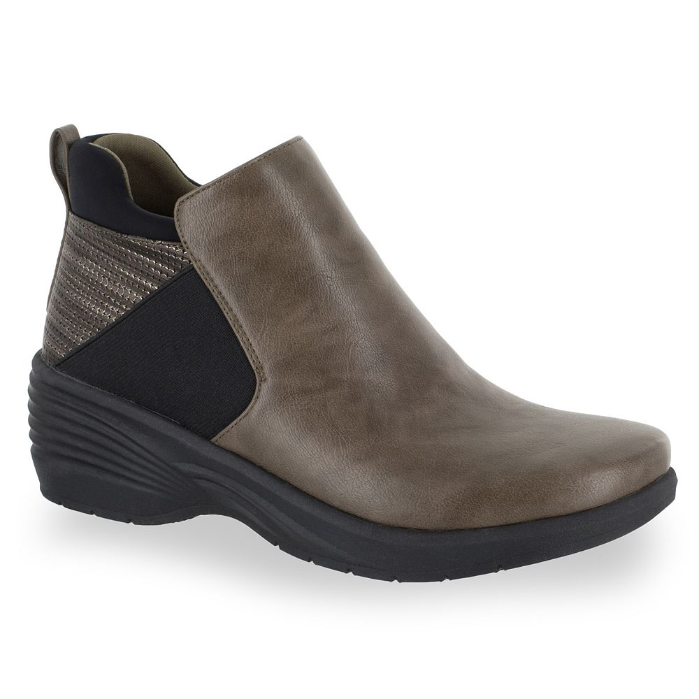 SoLite by Easy Street Utopia Women's Ankle Boots