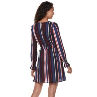 Juniors' Almost Famous Long Sleeve Peasant Dress