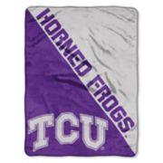"""TCU Horned Frogs 60"""" x 46"""" Raschel Throw Blanket"""