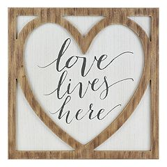 Belle Maison 'Love Lives Here' Farmhouse Wall Decor