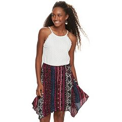 Juniors' Lily Rose Lace Handkerchief Hem Dress