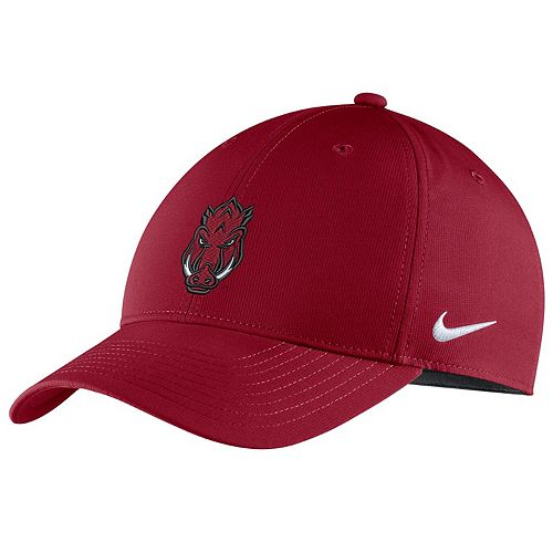 Adult Nike Arkansas Razorbacks Adjustable Cap