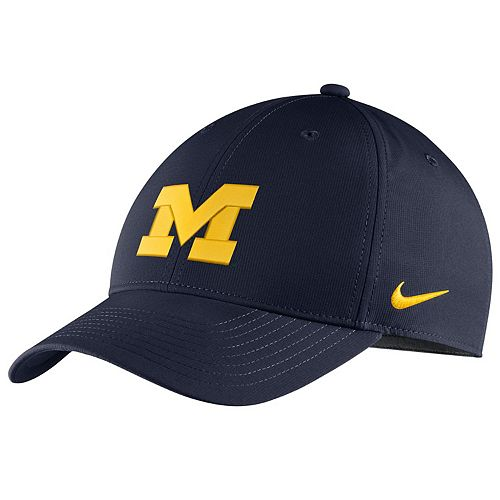 Adult Nike Michigan Wolverines Adjustable Cap