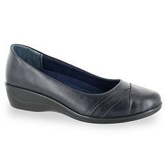 Easy Street Nancy Women's Flats