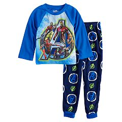 Boys 6-12 Avengers 2-Piece Fleece Pajama Set