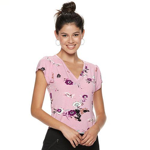 Juniors' Candie's® Flutter Sleeve Floral Top