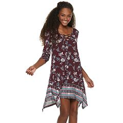 Juniors' Three Pink Hearts Strappy Swing Dress