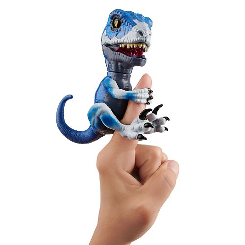 Fingerlings Untamed Raptor Frostbite