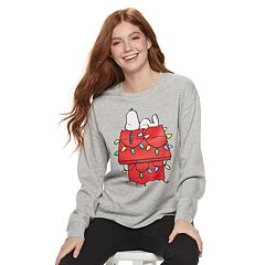 Juniors' Peanuts Snoopy Graphic Pullover Top